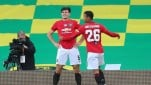 https://thumb.viva.co.id/media/frontend/thumbs3/2020/06/28/5ef79dc3e8a27-bek-manchester-united-harry-maguire-rayakan-gol-ke-gawang-norwich-city_151_85.jpg