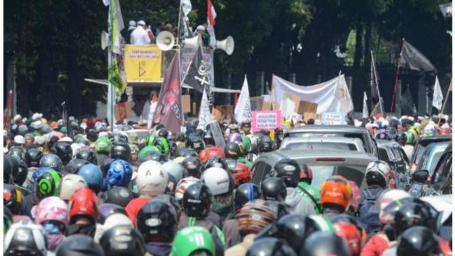 Ilustrasi demo di Jakarta