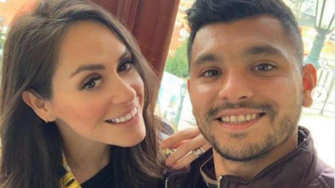 Jesus Manuel Corona dan istrinya Gabriela Garcia.