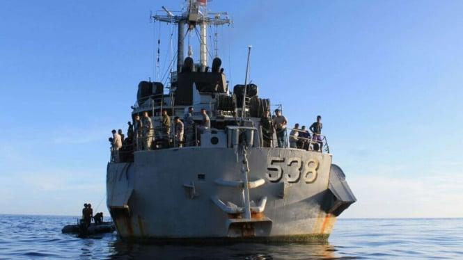 VIVA Militer: KRI Teluk Hading 538