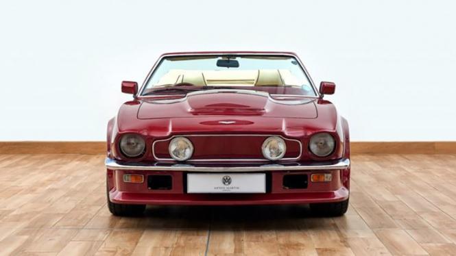 Aston Martin milik David Beckham.