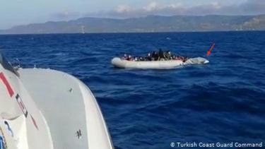 https://thumb.viva.co.id/media/frontend/thumbs3/2020/07/01/5efc230660fe6-nasib-pengungsi-terkatung-dan-diserang-di-tengah-laut-aegean_375_211.jpg