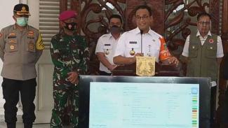 Gubernur Anies Baswedan saat umumkan perpanjangan PSBB Transisi di Jakarta, Rabu 1 Juli 2020.