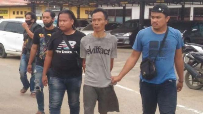 Pelaku pembacokan di Muara Sabak Timur, Jambi ditangkap polisi.