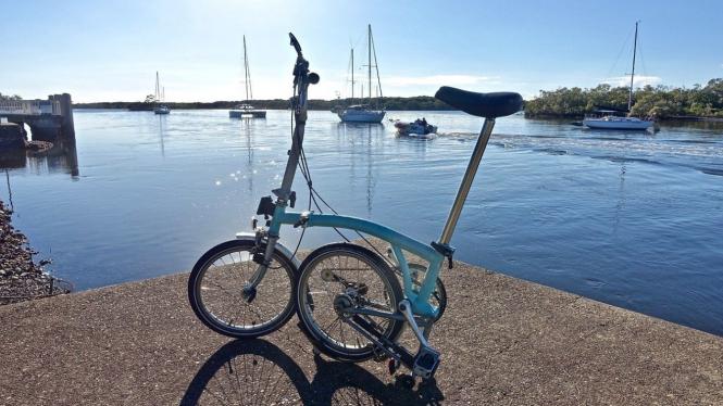 Sepeda Brompton