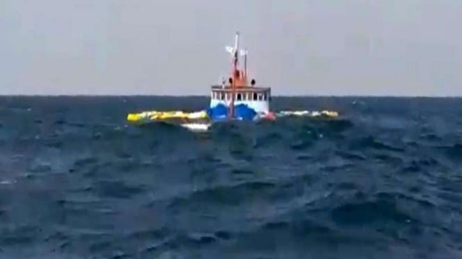 KM Camar 1 Tenggelam di Selat Malaka