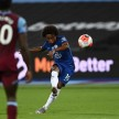 Derby London Dramatis, Chelsea Ditekuk West Ham