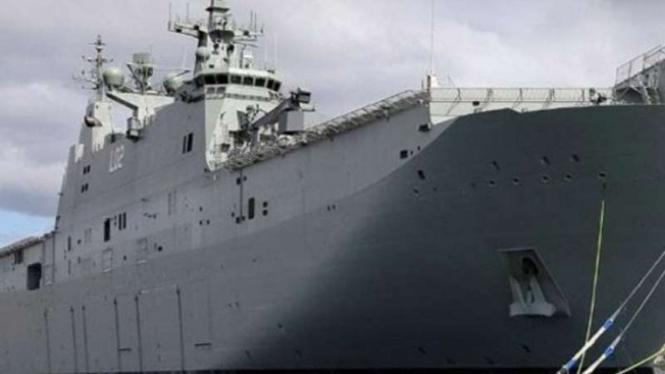 VIVA Militer : Kapal Induk Australia HMAS Canberra