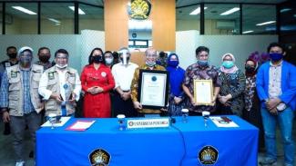 Mahasiswa kampus UP dan Kasat Narkoba Polres Jaksel