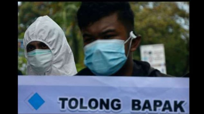 Tenaga kesehatan rumah sakit Faisal unjuk rasa di Makassar