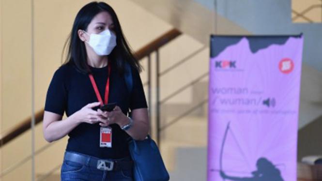 Karyawan swasta, Agnes Jennifer diperiksa KPK dalam kasus Nurhadi.