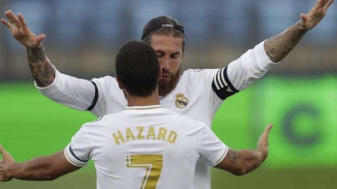 Sergio Ramos dan Eden Hazard