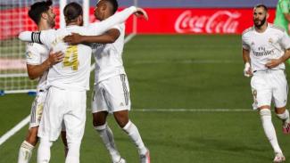 Pemain Real Madrid rayakan gol.