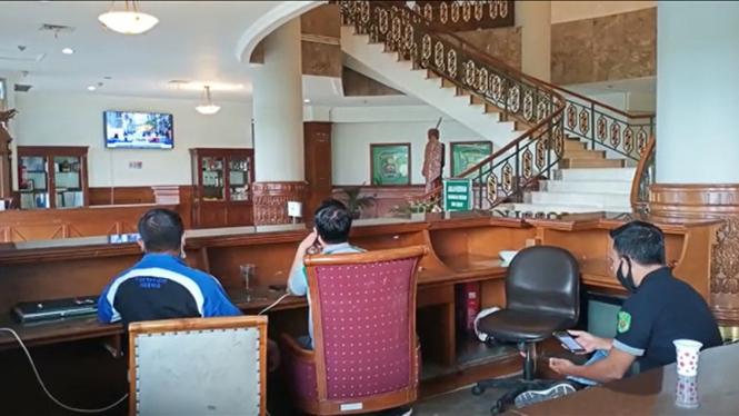 Suasana di kantor Bupati Kutai Timur pasca penangkapan bupati