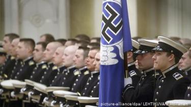 https://thumb.viva.co.id/media/frontend/thumbs3/2020/07/03/5efebdd08b26e-finlandia-diam-diam-ganti-simbol-swastika-yang-digunakan-angkatan-udaranya_375_211.jpg