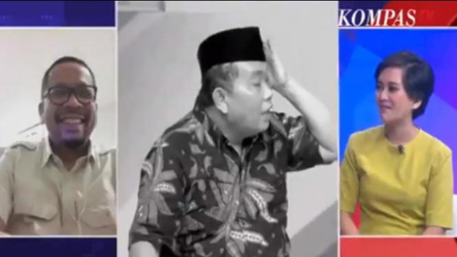 Arief Poyuono berpeci (Sumber/Twitter/@Cobeh09)