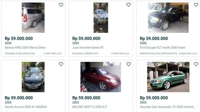 Ilustrasi jual-beli mobil bekas lewat online.