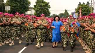 VIVA Militer: Pelepasan Laksamana TNI (Purn) Ade Supandi