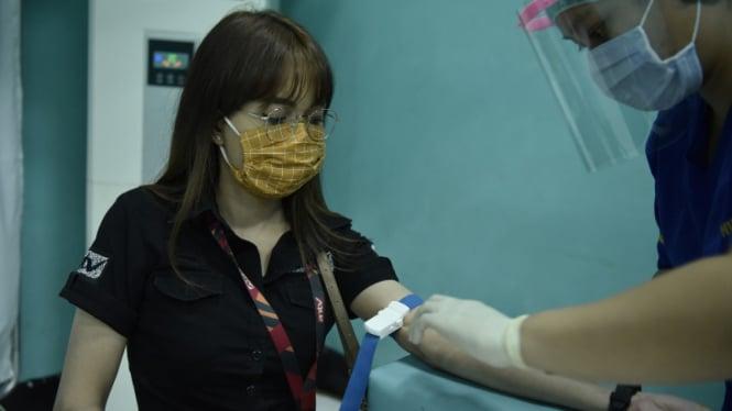 ANTV gelar rapid test virus corona atau COVID-19 untuk seluruh karyawan.
