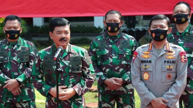 VIVA Militer : Panglima TNI dan Kapolri di Mabes TNI Cilangkap