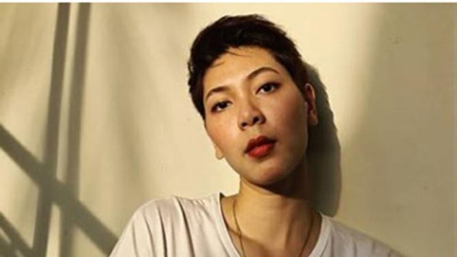 Pebulutangkis Indonesia, Gloria Emanuelle Widjaja.