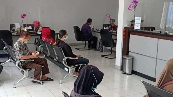 Pelayanan BRI Kantor Wilayah Malang di Jalan Laksamana Martadinata, Kota Malang