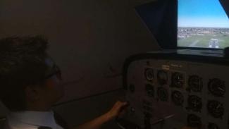 Pemuda di Surabaya yang tergabung dalam Surabaya Aero Club (SAC)