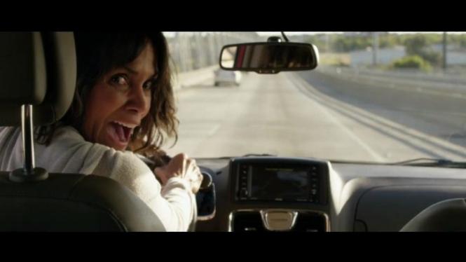 Halle Berry dalam film Kidnap.