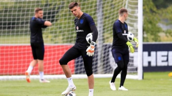 Kiper Burnley, Nick Pope