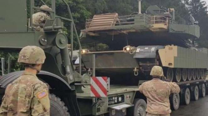 VIVA Militer: Tank M1 Abrams Amerika Serikat bergerak menuju Polandia