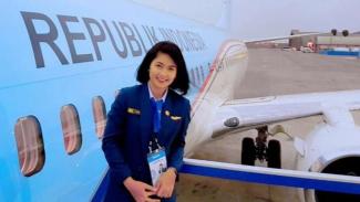VIVA Militer: Pramugari militer TNI AU, Theresia Mariana Susanti