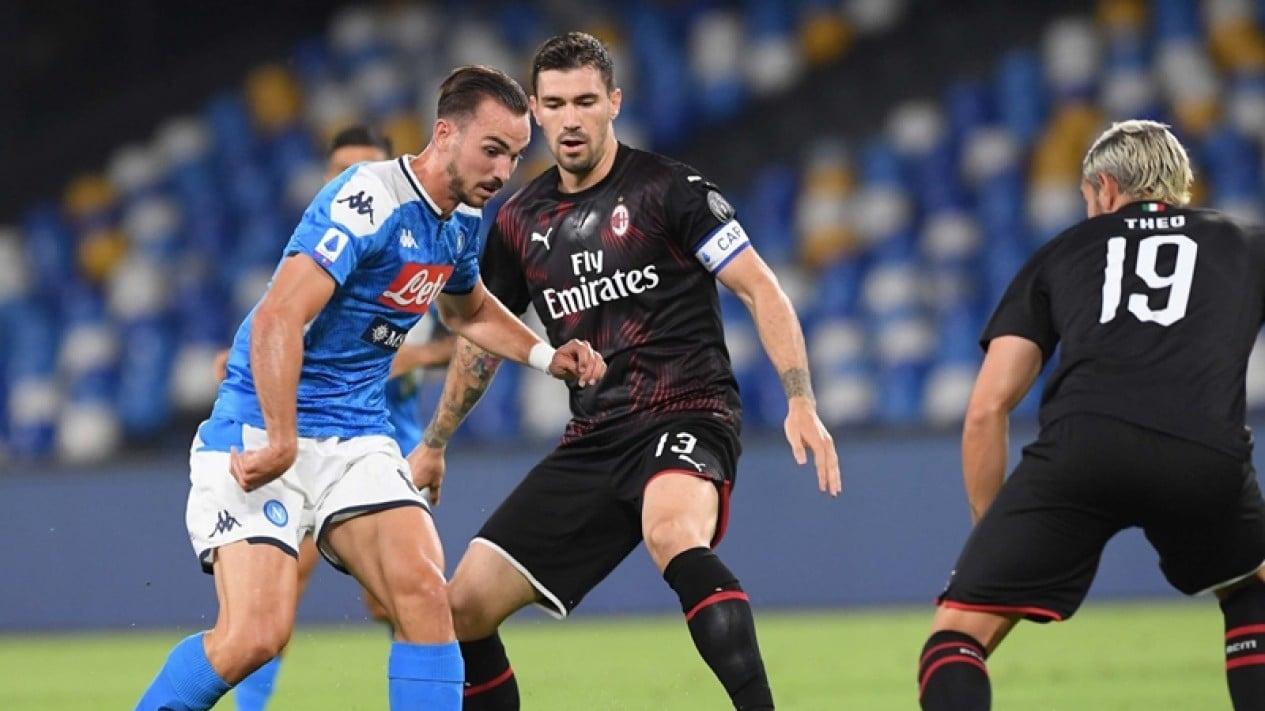 Pertandingan Napoli vs AC Milan