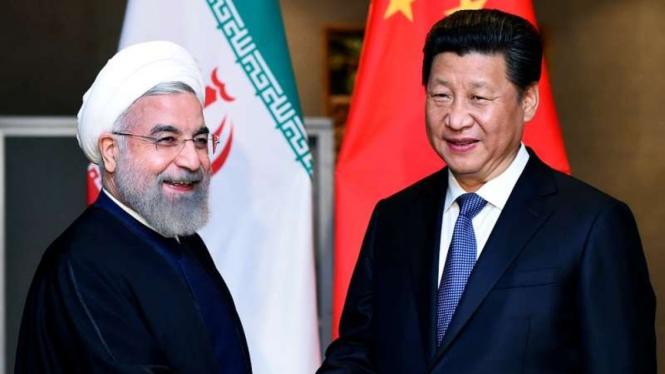 VIVA Militer: Presiden Iran, Hassan Rouhani, dan Presiden China, Xi Jinping