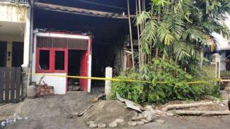 Rumah yang terbakar di Bekasi, ibu dan dua anaknya tewas terpanggang.