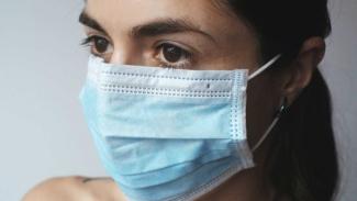 Warga Melbourne telah diimbau untuk menggunakan masker jika keluar rumah dan tidak mungkin menjaga jarak aman dengan orang lain.