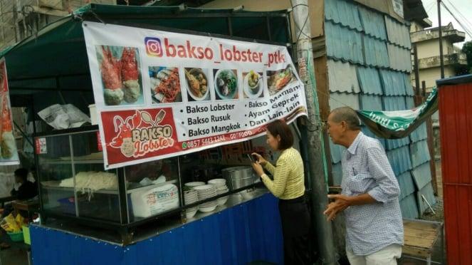 Warung Bakso Lobster di Pontianak