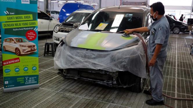Ilustrasi perbaikan mobil