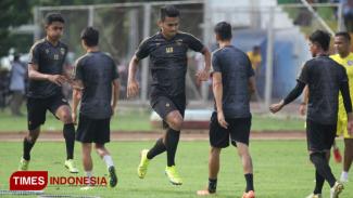 Latihan Pemain Arema FC. (FOTO: Tria/TIMES Indonesia)