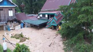 Banjir bandang di Luwu Utara, Sulawesi Selatan