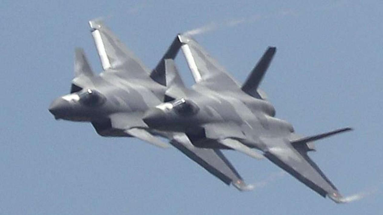 VIVA Militer: Pesawat tempur siluman China, Chenhdu J-20