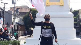 Lilik jalan kaki dari Yogyakarta ke Semarang protes maraknya judi togel di Blora