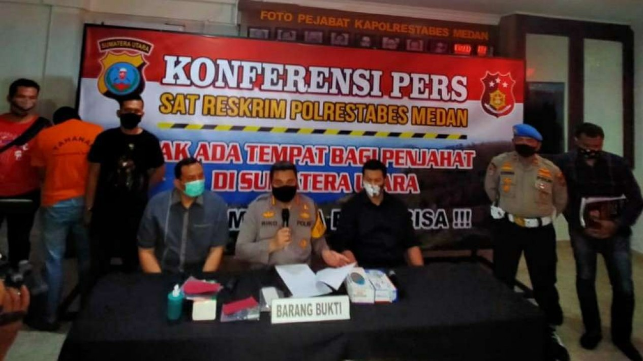 Konferensi Pers Polrestabes Medan terkait kasus Prostitusi Hana Hanifah.