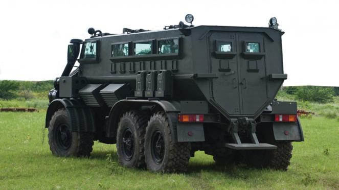 Mahindra MPV-i