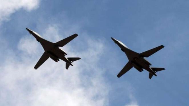 VIVA Militer: Pesawat pembom Angkatan Udara Amerika Serikat, B-1 Lancer