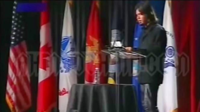 Ahmad Dhani berpidato di depan forum Departemen Pertahanan AS pada 2006 silam