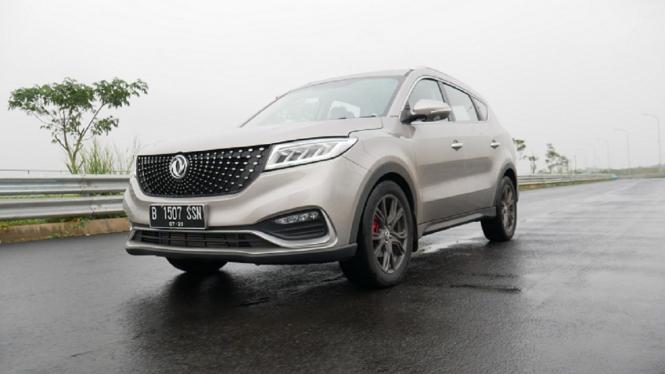 Mobil baru DFSK Glory i-Auto dirakit secara lokal di Indonesia