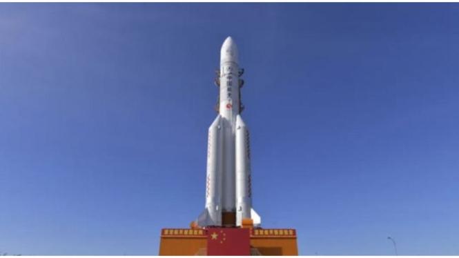 Pembalasan China ke UEA dan Komet Neowise Bisa Dilihat Usai Maghrib