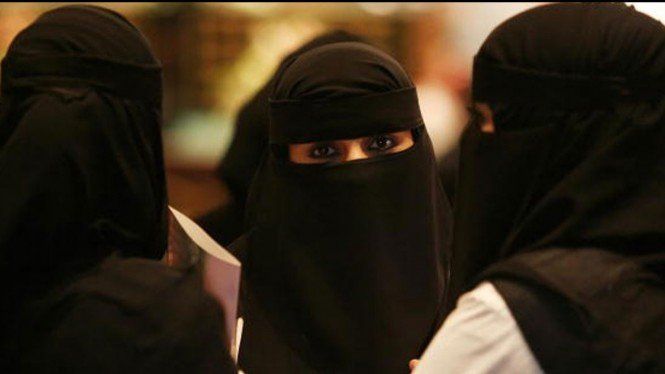Perempuan di Arab Saudi Kini Diizinkan Gabung Militer