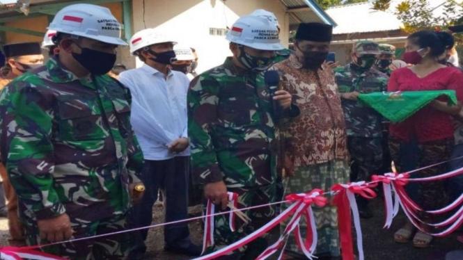 VIVA Militer: Penyerahan Kunci Rumah Tahan Gempa di Lombok