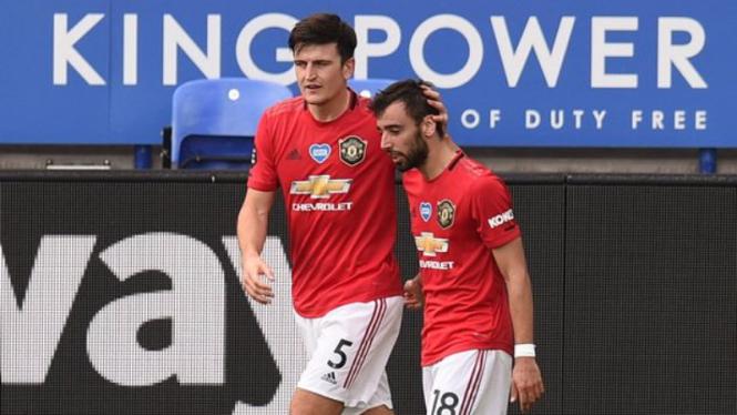 Dua bintang Manchester United, Harry Maguire dan Bruno Fernandes